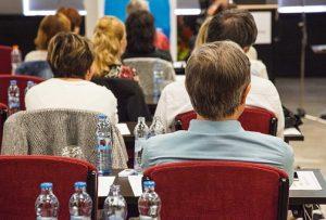 In Kursen über die Einfache Sprache lernen Teilnehmer ihre Kommunikationsfähigkeiten zu verbessern. Foto: Pixabay
